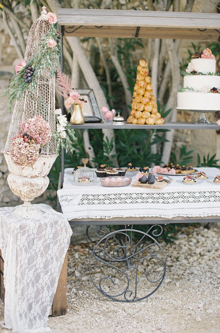Vintage inspired dessert cart.  Laura Dova Weddings. Photography: Cat Hepple  - www.cathepplephotography.com/