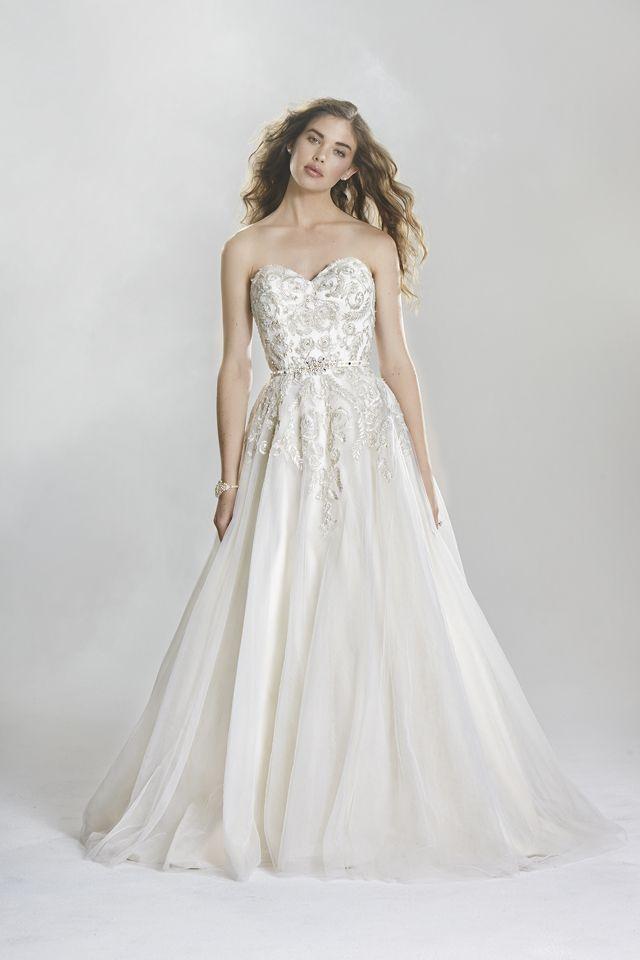 Suknia ślubna Lillian West 6419 2016