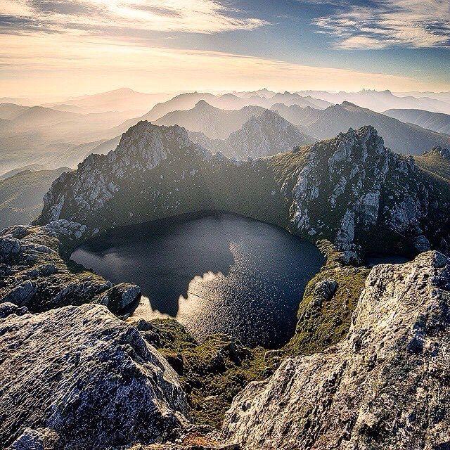 Cradle Mountain Tasmanien. Den passenden Reisebegleiter findet ihr bei uns: https://www.profibag.de/reisegepaeck/