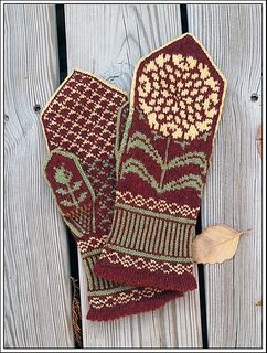 Chrysanthemums knit mitten - knit by phoenix, pattern by Heather Desserud on Ravelry