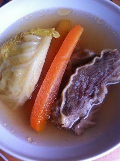 Cukkini Virág gasztroblog - receptek és tippek: Igazi magyaros húsleves - Traditional Hungarian meat soup