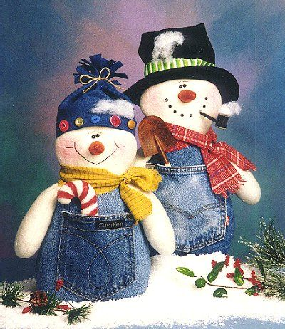 Love these snowmen made with old denim pockets - cute!