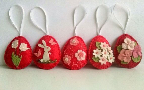 Felt easter decoration - red felt eggs with bunny and flowers / set of 5 decorated eggs