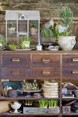 Potting Benches Revisited at ModVintageLife.com