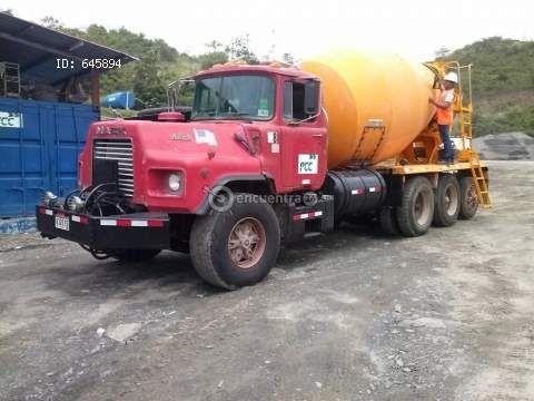 Camiones y Buses   Mack DM9 Panamá 2000   alquiler camion mezclador de concreto