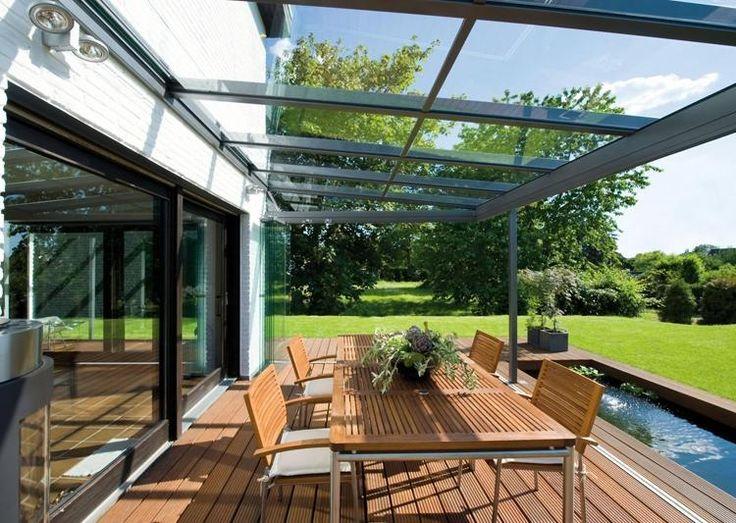 baie vitrée pour la terrasse avec toiture en verre et aluminium