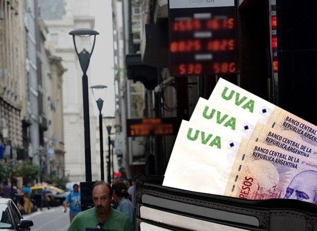 El sistema de créditos UVA, a prueba por la volatilidad del dólar: ajustan cifras de préstamos a los solicitantes http://www.iprofesional.com/notas/262858-banco-central-deuda-banco-dolar-sueldo-hipoteca-pesos-moneda-tipo-de-cambio-divisas-tasa-hipotecarios-tasa-de-interes-uva-ahorrista-El-sistema-de-creditos-UVA-a-prueba-por-la-volatilidad-del-dolar-ajustan-las-cifras-de-prestamos-a-los-solicitantes