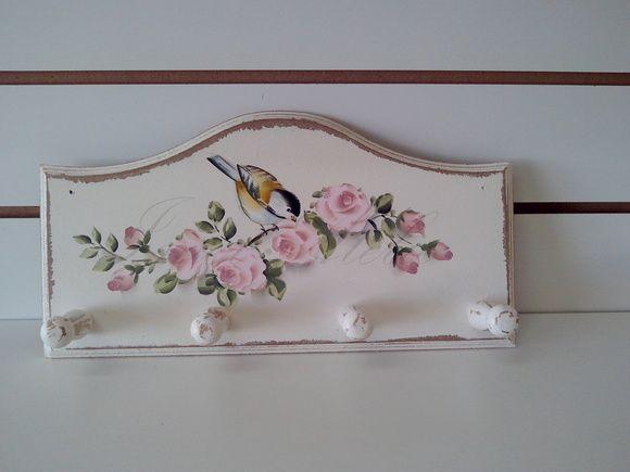peça em mdf estilo provençal raspado e pintura feito mão medida da placa 35x18cm pino de 5cm