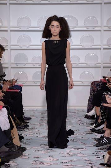 Bertrand Guyon's second Haute Couture collection for Schiaparelli - Silhouette 29