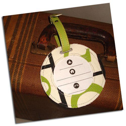 DIY Luggage Tag: Circles, Crafts Ideas, Luggage Tags Tutorials, Diy Crafts, Round Luggage, Crafts Happy, Sewing Tutorials, Crafty Ideas, Sewing Ittutori