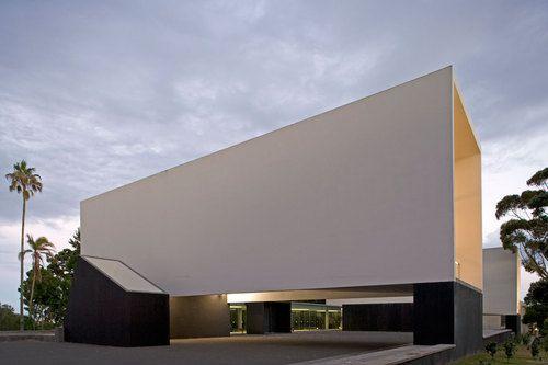 Açores, Portugal  Corpo de Anfiteatros Universidade dos Açores  INÊS LOBO, PEDRO DOMINGOS