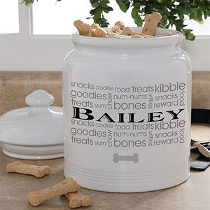 Personalized Dog Treat Jar - this design is so pretty! Love how you can personalize it with your dog's name ... this would go great in any kitchen or home! What a great Christmas Gift idea for a dog or dog lover! #dog