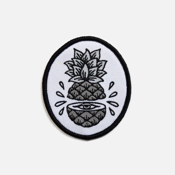 • Woven iron-on patch • 6cm high