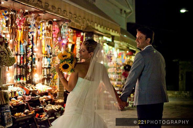 Γάμος στο Πήλιο, στη γραφική Μακρινίτσα!  / Two to One Wedding Photography, 221photography.gr