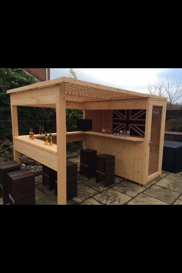 Great Idea For A Bar In The Garden