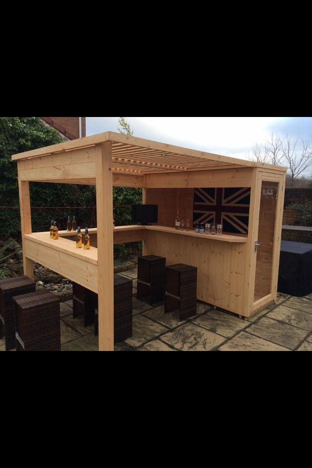 Great Idea For A Bar In The Garden