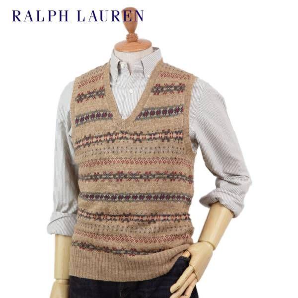 商品詳細 取引詳細・手順(重要) アクセス頂きありがとうございます。 こちらはアメリカ買付新品 ラルフローレン(Ralph Lauren)の フェアアイルニットベストです。 リネンとシルクを使用した、 軽やかなフェアアイルパターンのニットベスト。 素材やニッティングでややよれたニットを再現していて 最初から着込んだビンテージのような雰囲気のデザイン。 ジャケットやシャツととても相性がよく、 Vゾーンのアクセントとして活躍する クラシックで上品なニットベストです。 87% LINEN13% SILK MAD