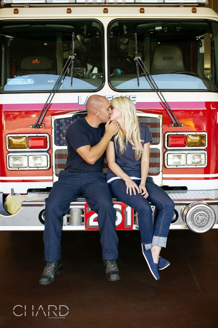 Super cute firefighter engagement session! LOVE this! :) Wish I had done it...25 yrs ago...