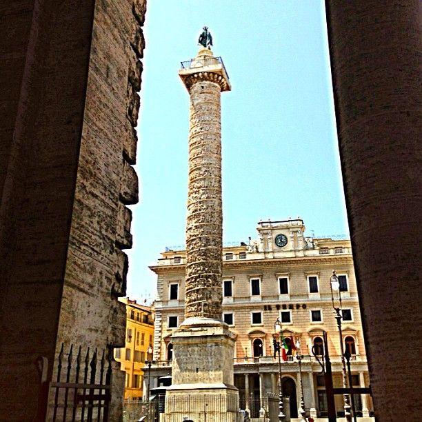 Piazza Colonna in Roma, Lazio