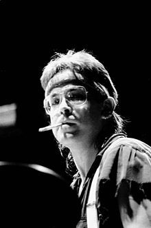 It is no exaggeration to say that the sound of mainstream pop/rock drumming in the 1980s was, to a large extent, the sound of Jeff Porcaro.