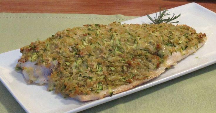 Come preparare il pesce al forno in modo originale e appetitoso: filetti di pesce in crosta di zucchine e patate per merluzzo, cernia, spigola, orata, rombo