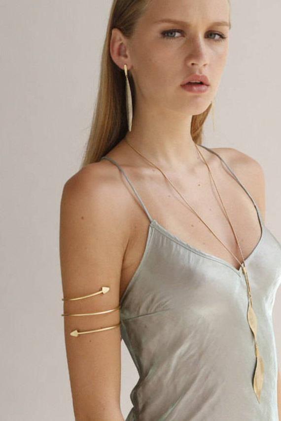 nouvelle version texture nette moitié prix Gold Upper Arm Cuff Bracelet, Arrow Bracelet, Arrow Armband ...