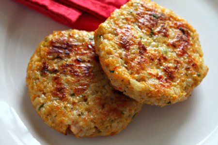 Shrimp Cakes...She lost 135 pounds (half her body) and loves to cook. Here is a link to her recipe box...tons of great ideas.