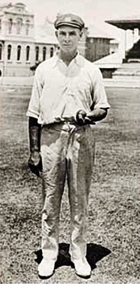 "125-Herbert ""Bert"" Ironmonger made his first-class debut at age 27 and his Test debut at age 46. He played Test cricket until age 50. He played only 14 Tests but took 74 wickets at an outstanding 17.97. Some highlights were a hat-trick against MCC in 1924–25, 11 for 79 against the West Indies in Melbourne in 1930–31, 9 for 89 against South Africa in Brisbane in 1931–32, 11 for 24 against South Africa in Melbourne in 1931–32 and a total of 31 wickets in the 1931–32 South African series"