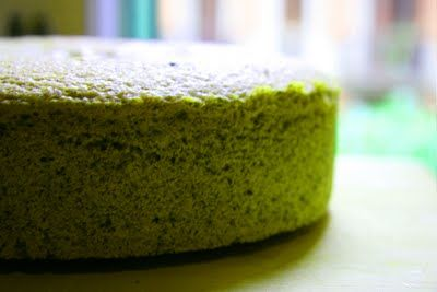 Green Tea Chiffon Cake with Yogurt