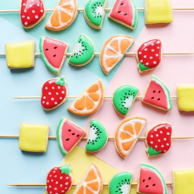 Orange you glad it's summer? We can't help but think these are the cutest fruit kebab cookies ever!