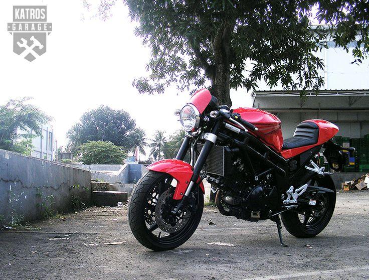 HYOSUNG 650cc Caferacer