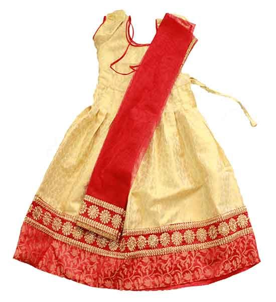 Girls / kids half saree  Size : 3 - 4 years, 6 - 7 years, 7 - 8 years Price : Rs 1175 , Rs 1375  Free shipping all over India  http://www.princenprincess.in/index.php/home/product/216/Half%20white%20and%20red%20half%20saree
