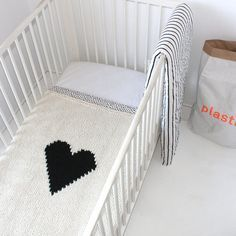 Heart Blanket Baby Crib Size Hand Knit by YarningMade on Etsy