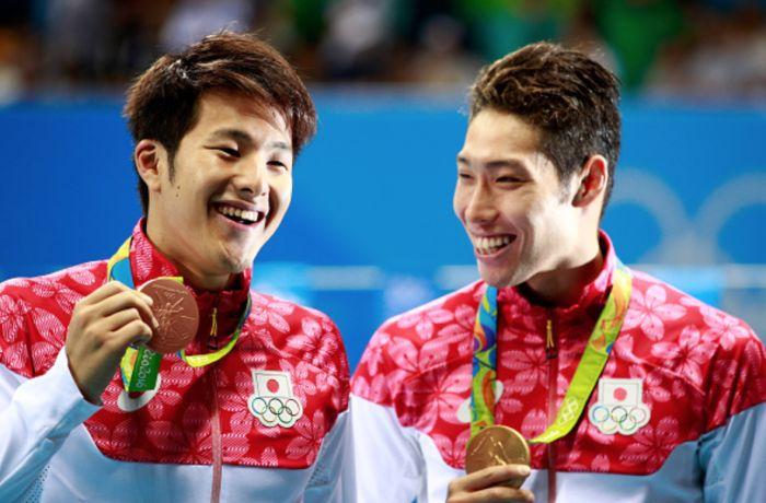 Japanese swimmers Daiya Seto and Kozuke Hagino, bronze and gold medal in Rio 2016 in 400 m. individual medley.