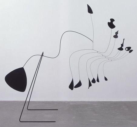Alexander Calder / Spider / 1939 / standing mobile made of painted sheet aluminum, steel rod, steel wire