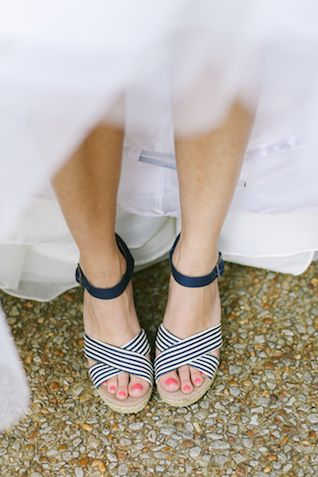 Striped shoes | Jenna Henderson Photography | see more on: http://burnettsboards.com/2015/04/preppy-summer-garden-wedding/