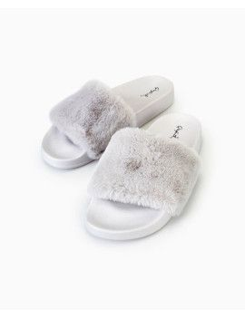 faux-fur-slide-sandals by wet-seal  #fashion #style #stylish #fashiontrend #awesome #shoptagr