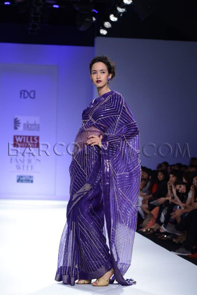 Purple saree #saree #sari #blouse #indian #outfit #shaadi #bridal #fashion #style #desi #designer #wedding #gorgeous #beautiful