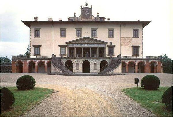 Giuliano da sangallo villa medici at poggio a caiano for Casa classica villa medici