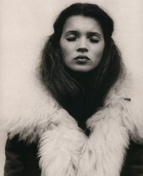Rare Pictures-Kate Moss