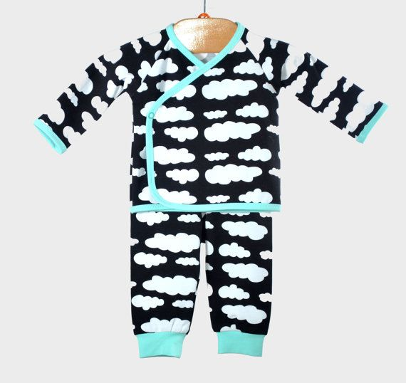 shirt and leggings. baby kimono outfit. long sleeve. cute and comfy. made with european jersy knit, black cloud print. sort stetchy.