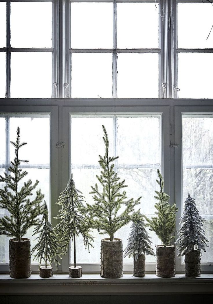 5 Mini Christmas Tree Ideas For Small Spaces (my scandinavian home)