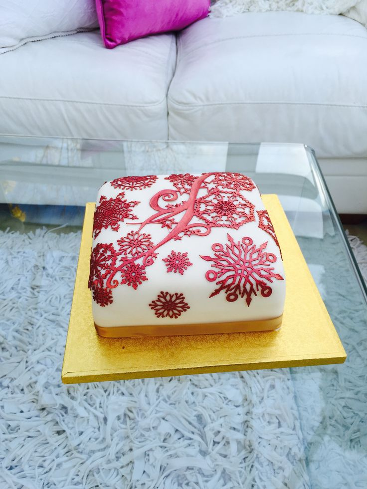 Christmas Cakes by Me - Red Metallic Sugar Lace