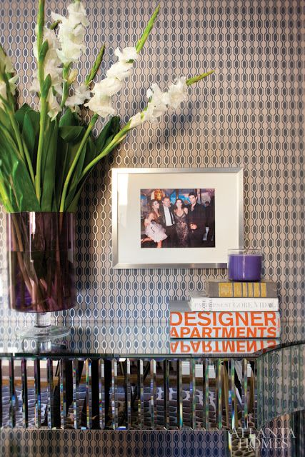Mix And Chic: Inside The Stylish Kardashianu0027s Marketing Company Office  Spaces!
