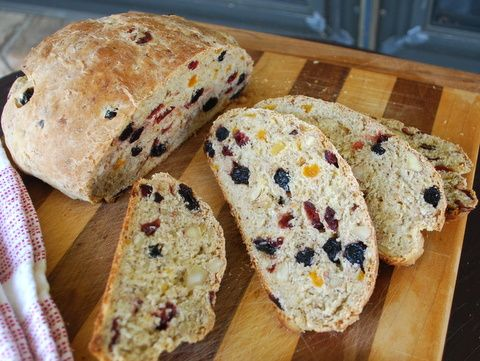 fruit and granola bread..yes, please | Yum | Pinterest
