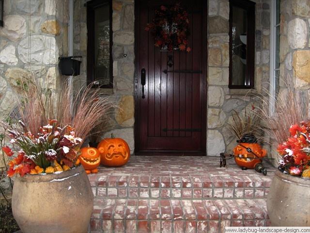 halloween decorationsso cool ladybug landscape design canada