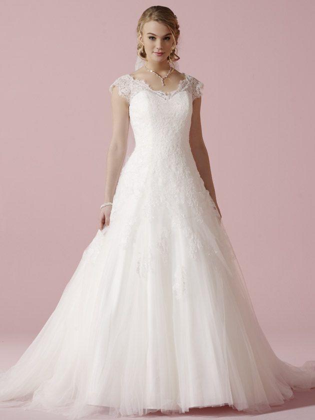 75 best Lilly menyasszonyi ruhák images on Pinterest   Short wedding ...