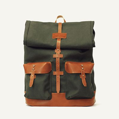 PEDREIRA BACKPACK - Militar Green // Waterproofed sandwiched Canvas - 100% Cotton + 100% Portuguese vegetable tanned leather.