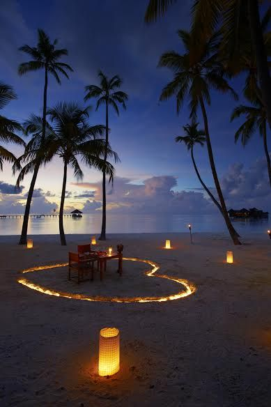 A Fine Romance - Share a romantic candlelit dinner with someone special - Gili Lankanfushi Maldives