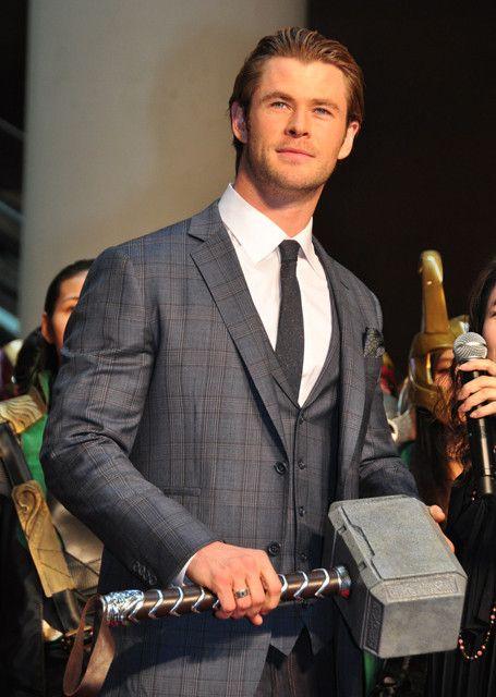 クリス・ヘムズワース、日本の熱烈コスプレファンに大喜び! : 映画ニュース - 映画.com